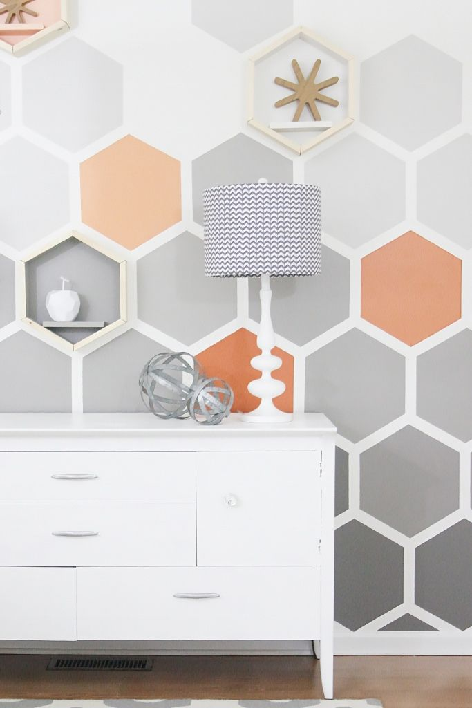 thistlewood farms DIY Ombre Hexagon Wall http://www.thistlewoodfarms.com/diy-ombre-hexagon-wall/ via bHome https://bhome.us