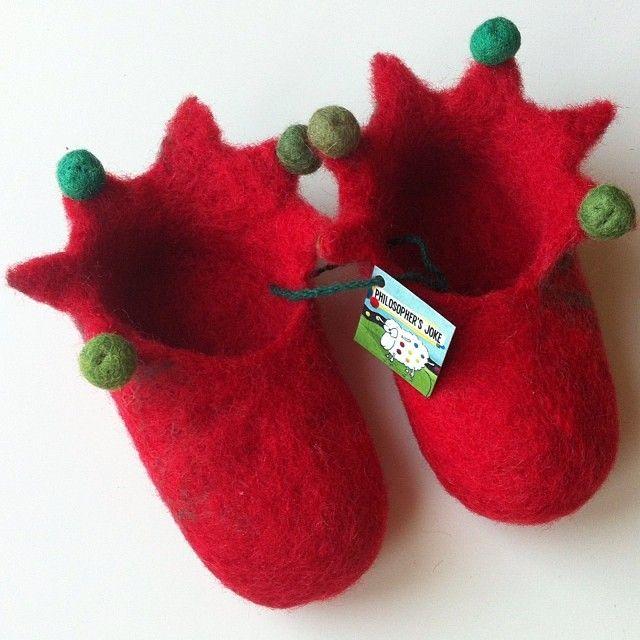 Little elf's pre-walker felted shoes by Philosopher's Joke.