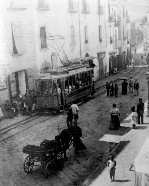 il tram su Corso Italia
