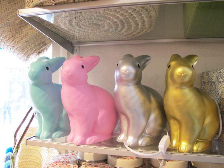 Inredning barnrum, kaninlampa. Udda Tina, Lund, Sweden - en skönt udda butik färgad med inspiration från Indien, Marocko & Senegal.