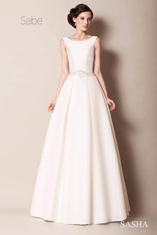 simple wedding dress with pocket