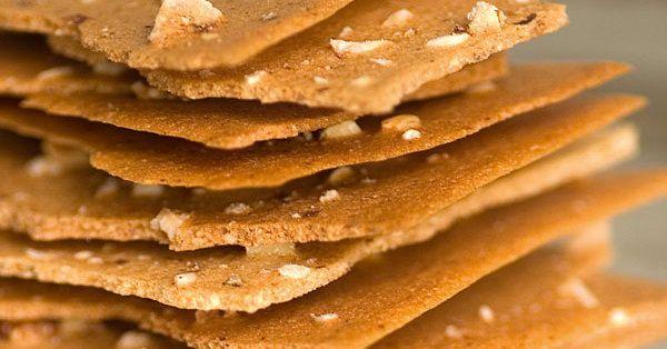 Ein knusprig-zarter Snack oder Nachtisch, der zu einer passenden Käseplatte die ideale Ergänzung abgibt.