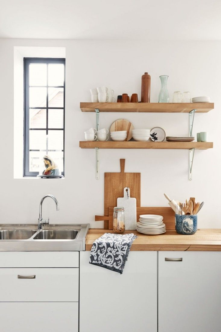 10 Ways to Use Rustic Open Kitchen Shelving http://sulia.com