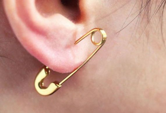 1pc Stunning Safety Pin Earring safety pin ear cuff  ear pin / Choose color  18k GOLD Everyday earrings