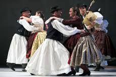 """Képtalálat a következőre: """"hungarian folk dance photo"""""""