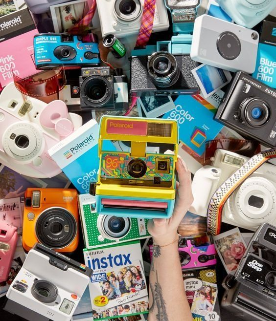 Photography Shop #uoeurope #urbanoutfitters #urbanoutfitterseu #uotech Summer, w… – Mary White