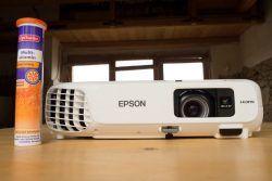 """Recenze projektoru EPSON EB-X18, který sice není HD, ani FullHD, ale pro normálního fotografa, který má hluboko do kapsy, je alternativou, je jen potřeba pro něj zajistit """"lepší"""" podmínky. Více v recenzi na FOCUSCLUB.CZ #epson #projektor #hdprojektor #fullhdprojektor #test #epsonebx18 http://www.focusclub.cz/clanky/hodi-se-projektor-epson-eb-x18-pro-fotografy-test-a-recenze"""