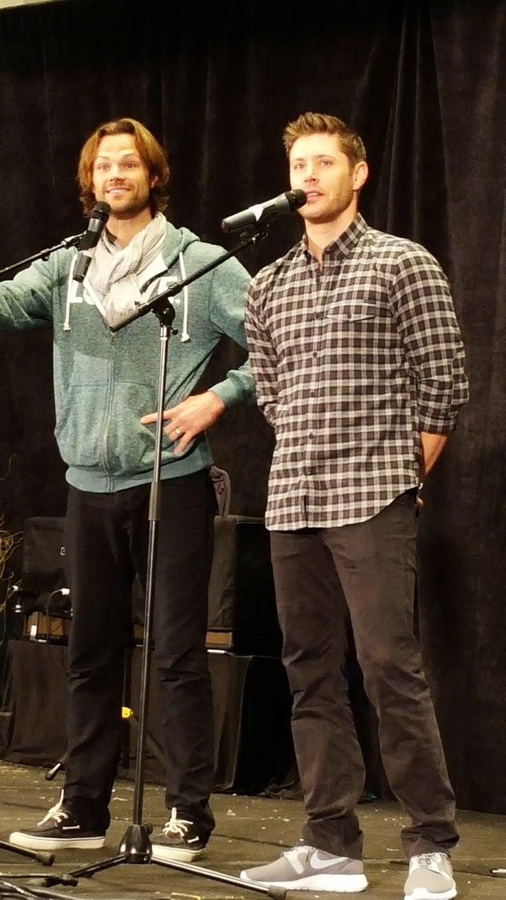 Mejores 59 imágenes de Jared in green TWLOHA sweatshirt en Pinterest ...