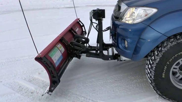 Как внедорожник превратить в бульдозер  Нужная штука, особенно зимой