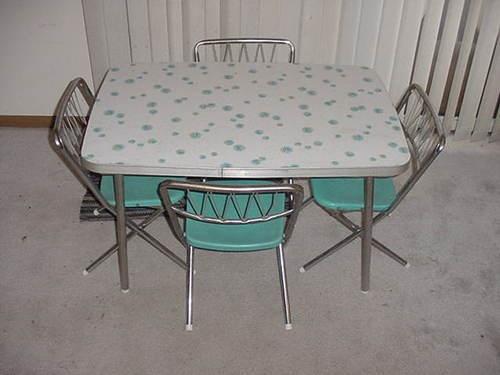 Vintage childrens formica kitchen table set w 4 star brite - Vintage formica kitchen table and chairs ...