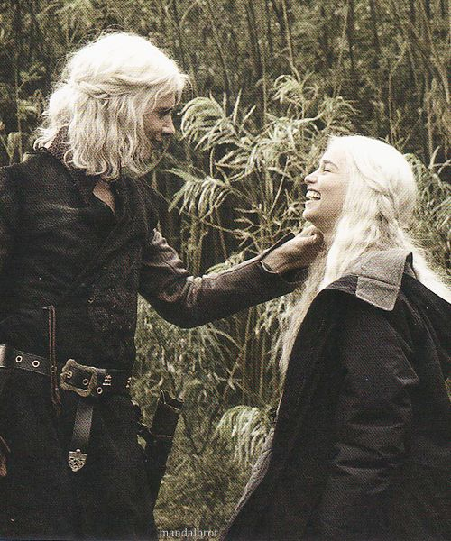 polar opposite from the scene ;) Harry Lloyd & Emilia Clarke - Behind the Scenes - Inside HBO's Game of Thrones  CUTE