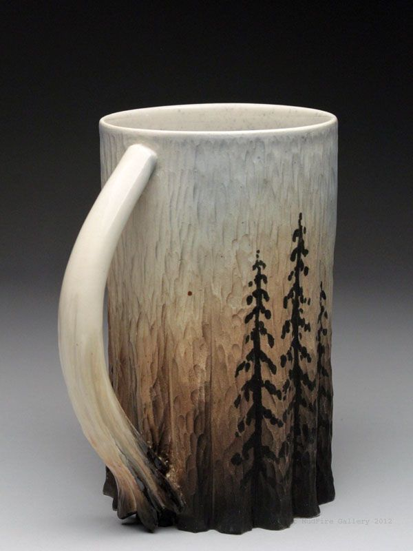 Love the effect on this mug, looks like wood/log on the bottom with the trees on it. Very rustic!