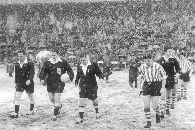 Athletic Club vs. Manchester United in 1957.