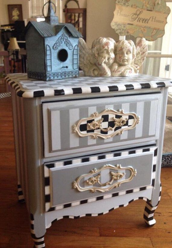 $400. Shabby chic , beach or cottage , vintage night stand . One of kind hand pa… – Ulrich Wappler