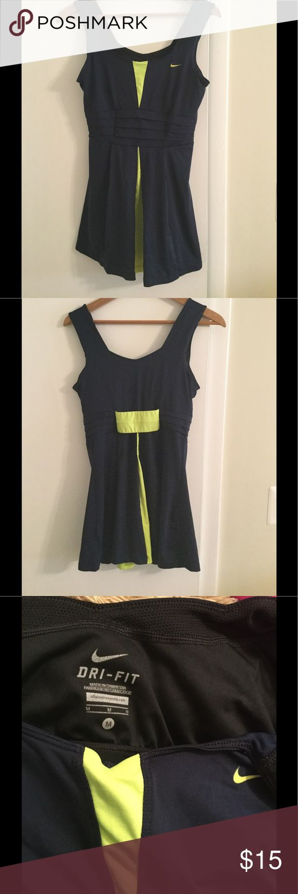 NIKE tennis dress size M Nike navy dress with lime contrast, very comfortable and good condition Nike Dresses