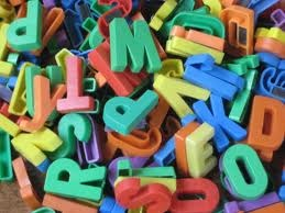 Quanto mi piaceva giocare con le lettere magnetiche!!!