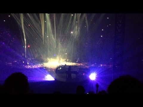 Prince - Purple Rain (Melbourne 14/5/2012) speaks at end about not having anything to fight about cuz he is blessed; if we don't see tomorrow 'so what' but leave world a better place than we found it - YouTube