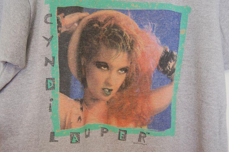 Vintage 80s Cyndi Lauper Fun Tour 1984 Thin T-Shirt Concert