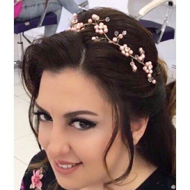 #hair#hairgoals#hairstyle#saç#saçstili#makeup#makyaj#eyeliner#mascara#mac#krolayn#nars#sephora#channel#benefit#brow#wedding#gelin#gelinmakyajı#gelinsaçı#bride#braid#saçmodeli#saçmodelleri http://turkrazzi.com/ipost/1525591209841483228/?code=BUr_R9XD13c