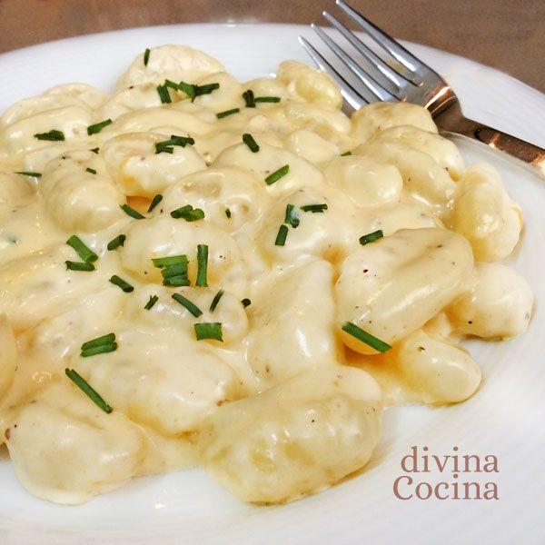 Con esta receta de ñoquis al queso puedes preparar también la salsa para cualquier otra pasta corta, solo tienes que tener en cuenta los tiempos de cocción.