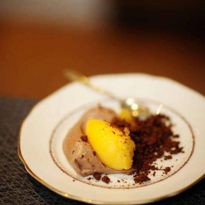 Kryddig chokladmousse med apelsinsorbet