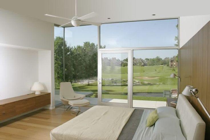 White Bedroom Decorating Ideas With Metropolitan Atmosphere8