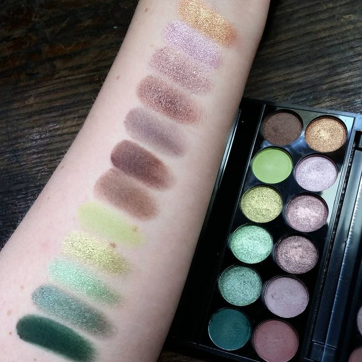 Swatches of the Sleek Makeup i-Divine palette in Garden of Eden. The greens in this palette are gorgeous!