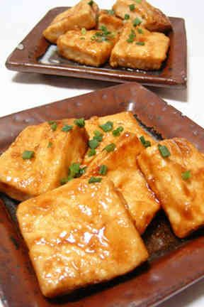 豆腐なのにご飯がススム!簡単豆腐ステーキ
