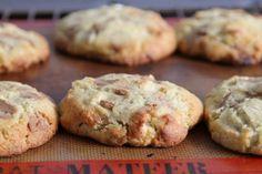 A manger et à voir: Cookies énormissimes noix de macadamia, chocolat lait/caramel