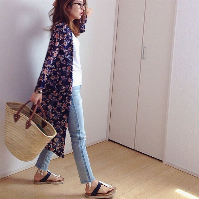 t-shirts, gown #gu denim #sly shoes #toryburch bag #お土産