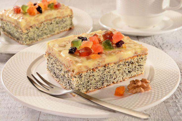 Przepis na Ciasto makowe z mleczną polewą