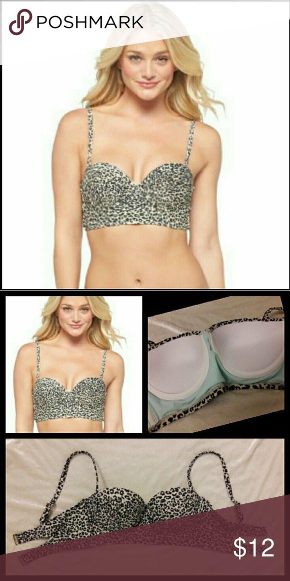 Leopard Bustier Bikini Top Sm Xhilaration leopard push up bustier bikini top Small *Excellent Condition* Best fits a 34B - Dual back hook straps Xhilaration Swim Bikinis