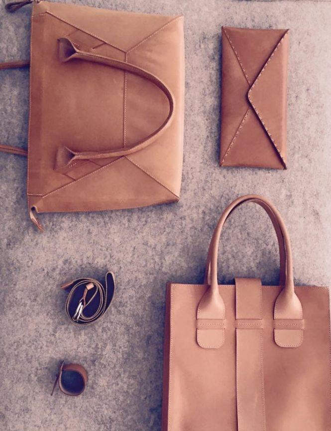 beige leather www.hanazarubova.cz