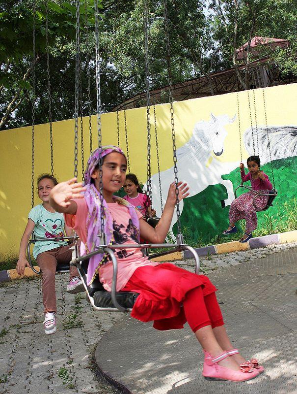 Sakaryalı yetim ve mülteci yetim kardeşlerimiz için düzenlediğimiz Yaz etkinliklerimizde ikinci grubumuz, piknik ve lunapark oyunlarıyla eğlendiler.