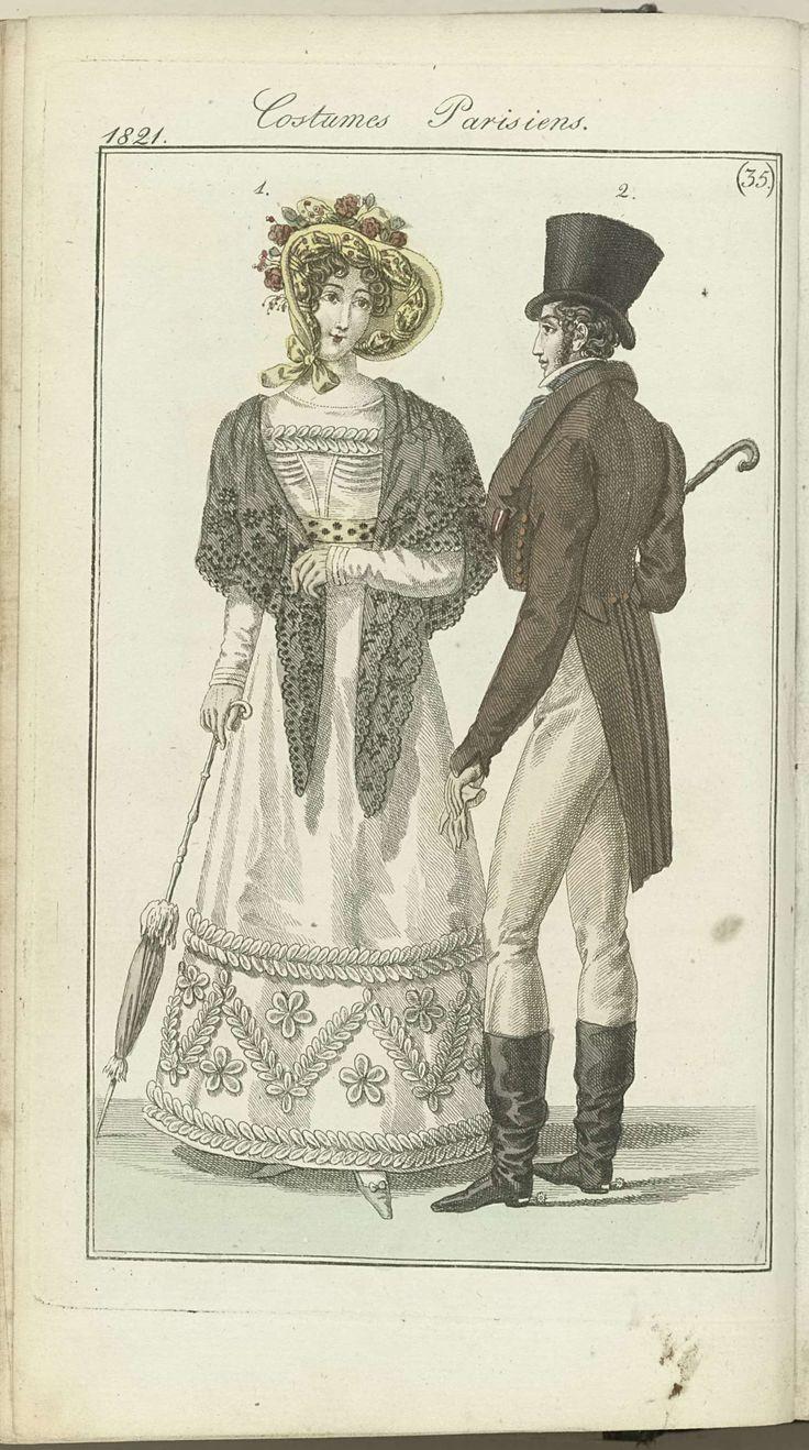 Anonymous | Journal des Dames et des Modes, editie Frankfurt 26 aout 1821, Costumes Parisiens (35), Anonymous, J.P. Lemaire, 1821 | De begeleidende tekst in het tijdschrift (p. 246) vermeldt: Fig. 1: Hoed van crêpe, gegarneerd met bloemen en een strook van bedrukte gaze. Japon van katoenbatist, afgezet met een strook van mousseline. Fichu van kant.  Witte handschoenen. Blauwe schoenen. Fig. 2: Hoge hoed met smalle rand. Habit à taille longue (?) met valse zakken ?  Een van de hals afstaande…