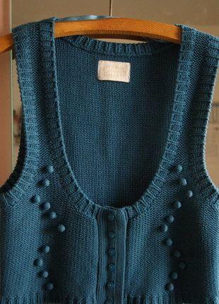 À vendre sur #vintedfrance ! http://www.vinted.fr/mode-femmes/gilets/31618964-petit-gilet-sans-manche-bleu-paon-pimkie-tm