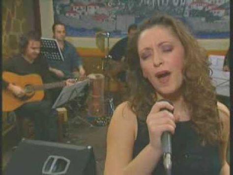 Hrysoula Stefanaki beautiful voice. . Old Greek song