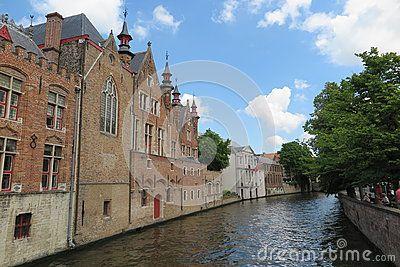 Picturesque canal in Bruges, Belgium & x28;June 2017& x29;