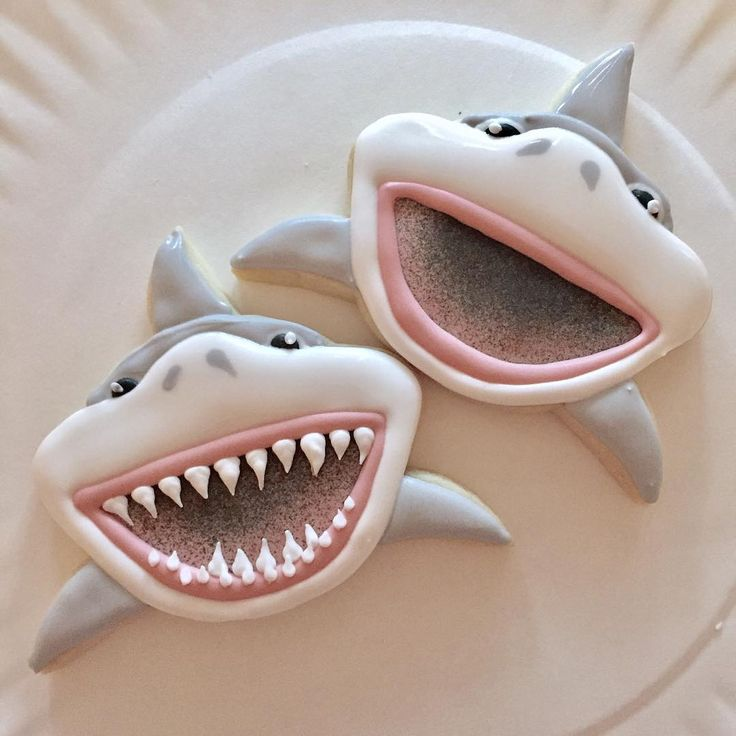 """Certain cookies just make me giggle, like my """"gummy"""" sharks. The smallest details make such a difference! #decoratedcookies #customcookies #sharkcookies"""