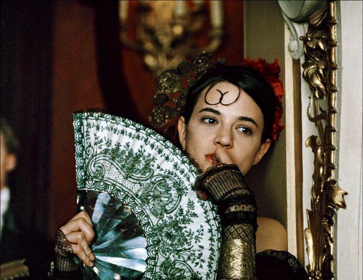 """""""Une vieille maîtresse"""" de Catherine Breillat, programmé le mercredi 29/06 à 16h30. http://www.forumdesimages.fr/les-programmes/la-peau/une-vieille-maitresse_1"""