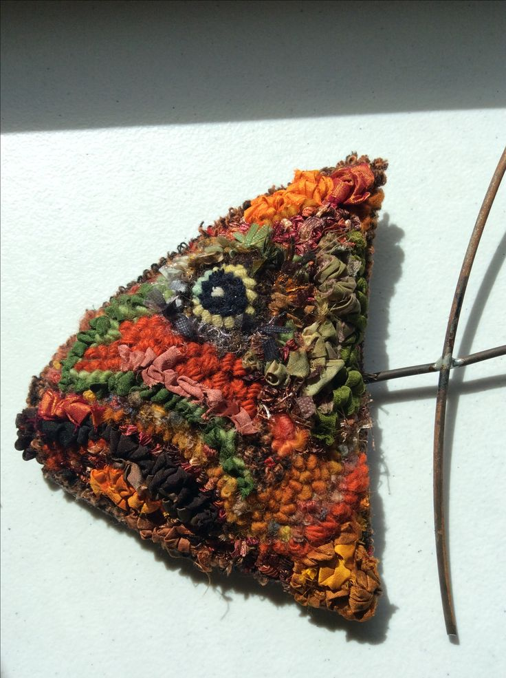 987 best rug hooking animals images on pinterest for 7194 garden pond