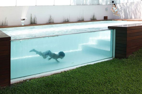 I so want to have a pool like this...