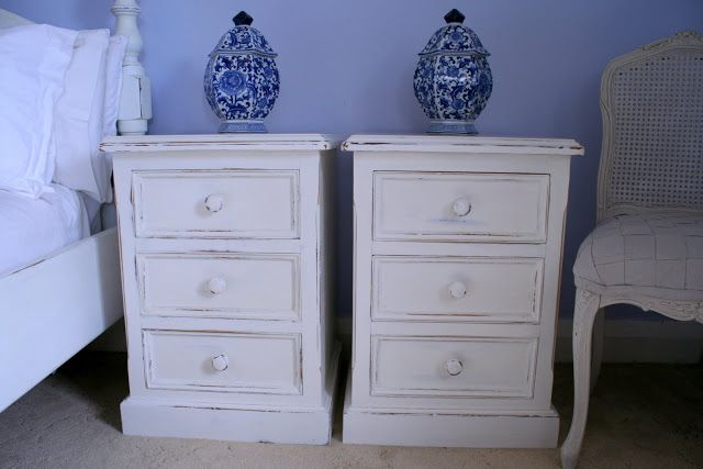 17 Best Ideas About Painted Bedside Tables On Pinterest