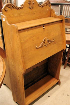 Larkin Desk At Raleigh Auction Antique Estate Saay September 14 4