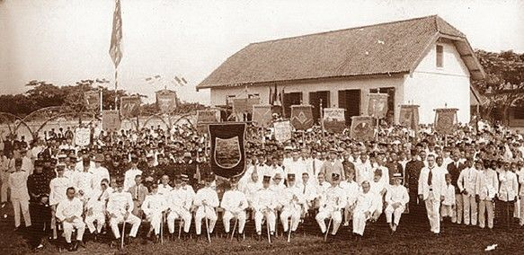 KNIL workers and possibly soldiers at former NEI Waffennfabrik now part of PT PINDAD, outside Bandung, Java