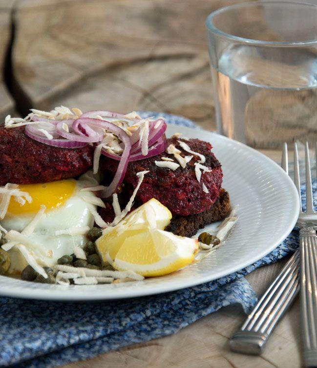 Rødbedebøffer ala vegetar Pariserbøf