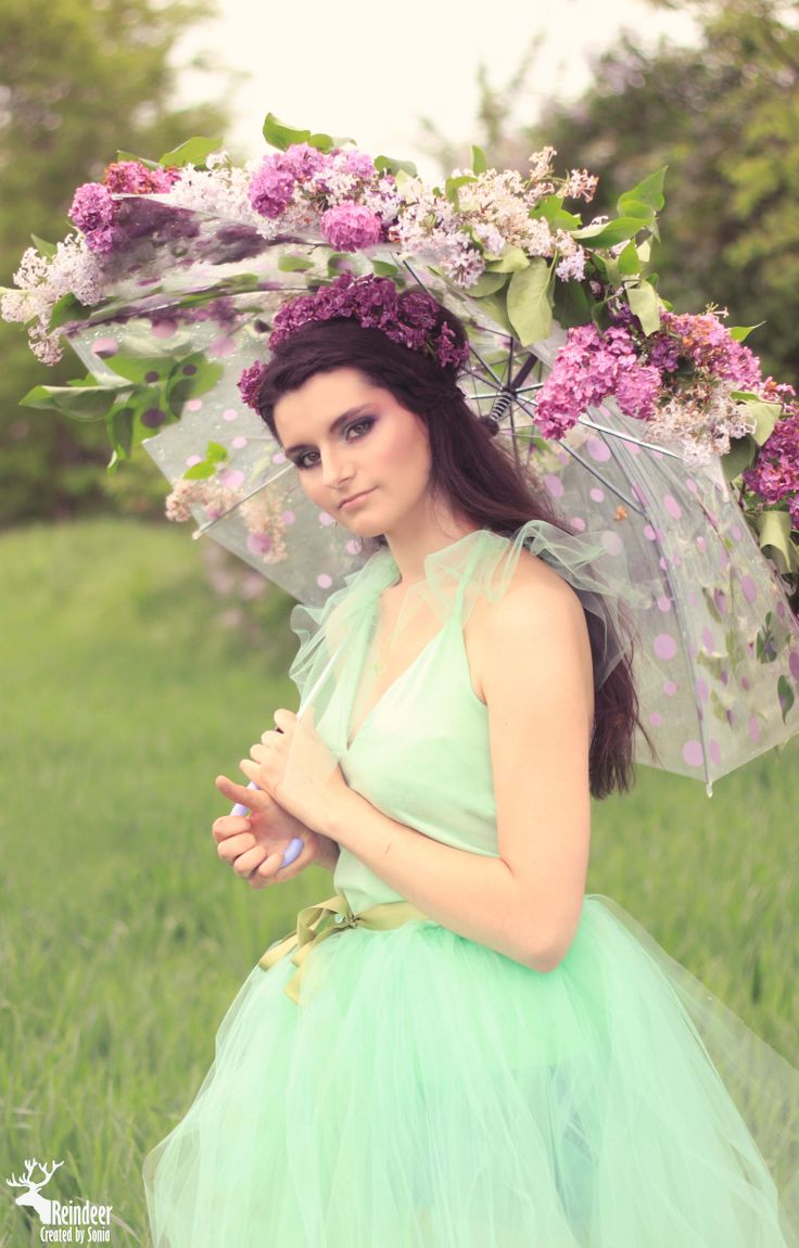 Photo idea - Girl with lilac umbrella https://www.facebook.com/sonia.soniart