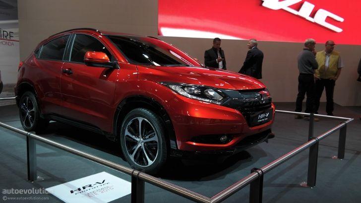 2015 Honda HR-V Is Compact and Stylish at Paris 2014 Debut [Live Photos] http://www.autoevolution.com/news/2015-honda-hr-v-is-compact-and-stylish-at-paris-2014-debut-live-photos-87304.html