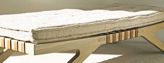 Banco com estrutura em ipê e tecido de fibra natural, Arthur Casas, Neo Design  Brasil