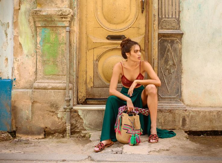 "Around and About 🇨🇺 ""La Cubanita"" @laurarchbold ~ Barichara Bag & Tere B Sandals Straight ~ www.chilabags.com"